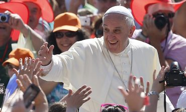 Pope: Pray for unity among Christians