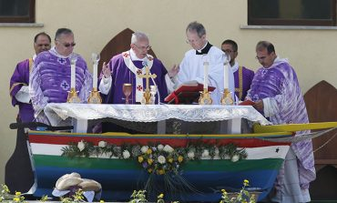Pope calls for repentance over treatment of migrants