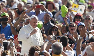 Pope: Church must avoid divisions, gossip