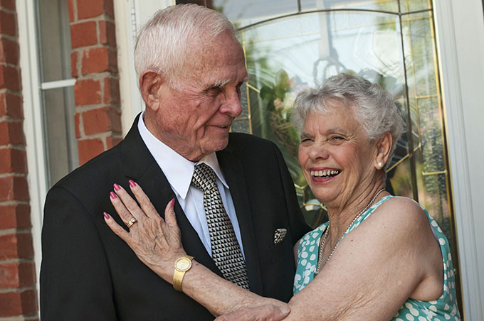 Founding parishioners of St. Elizabeth Ann Seton Catholic Church in Plano, Gene and Joy Flynn, who have been married for 64 years, will be among those attending the inaugural Diocesan Silver and Gold Anniversary Mass on Sept. 6. (JENNA TETER/The Texas Catholic)