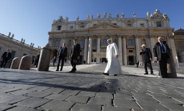 Help youth discover their vocations, pope says