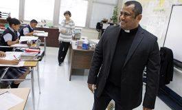 EL CONFESIONARIO con el Padre Cruz