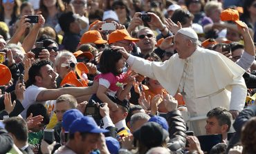 Reconciliation is key to peace, pope says