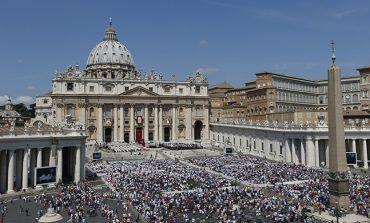 Jesus restores life through compassion, pope says