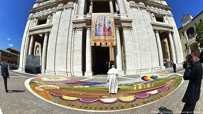 Pope Francis enters the Basilica of St. Mary of the Angels in Assisi, Italy, Aug. 4. (CNS photo/L'Osservatore Romano via Reuters)