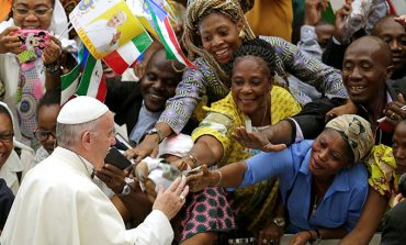 Mercy received must be mercy shared, pope says