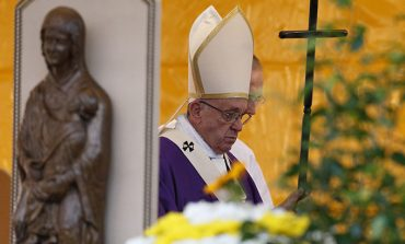 All Souls feast is a hopeful reminder of the resurrection, says Pope Francis