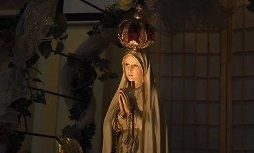 Pope says Fatima visit is pilgrimage of peace, hope
