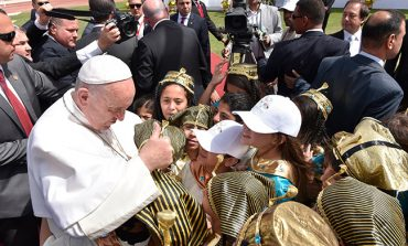 Pope: True faith means loving others to the extreme
