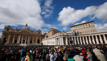 Pope: Crucifix is a sign of God's love, not just a piece of jewelry
