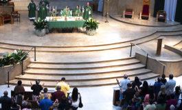 Near immigration's ground zero, bishops begin border trip with Mass