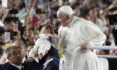 Powerful nations protect all life, pope says in Japan