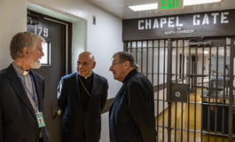 Visit with immigrant detainees shows bishops the love of family