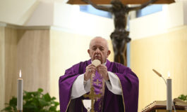Pope thanks those who help, pray for vulnerable during pandemic