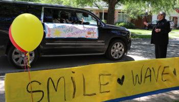 Hundreds say 'thank you' to longtime pastor