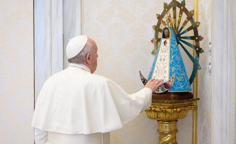 Like parents, God loves his children even at their worst, pope says